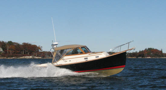 Lowell 26 lobster yacht bass boat